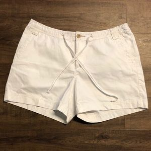 🖤 SALE! Natural Reflections White Shorts